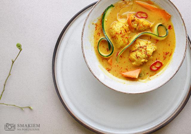 Zupa rybna na sposób tajski